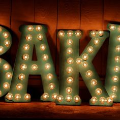 Make these gorgeous vintage style marquee letters for a fraction of the cost. (2000th pin on this board!!!!)
