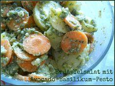 Petzi's Mittag: Erdäpfelsalat mit Avocado-Basilukum-Pesto. Das ist auf jeden Fall auf meiner to-cook-Liste gelandet!
