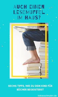 Hast du auch ein Kind, das lieber zockt oder TV schaut, als mal ein Buch in die Hand zu nehmen? Keine Sorge: du hast ein ganz normales Kind. ;)  Hier aber sechs Tipps, wie du deinen Lesemuffel für Bücher begeistern kannst. Jetzt auf dem Blog.  #lesen #vorlesen #kinderbuch #jugendbuch #tennager #pubertät #grundschule #schule #buch #bücher #lesemuffel Blog, Learning To Write, Reading Books, Books For Kids, Children's Books, Good Books, School Kids, Family Life, Blogging