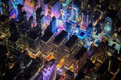 What a night in New York City looks like from 7,500 feet - photographer Vincent Laforet  NYC 1