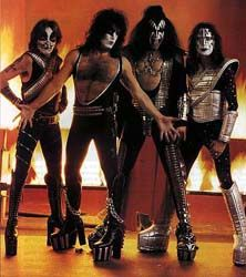 Paul Stanley, Gene Simmons, Best Rock Bands, Cool Bands, Kiss Group, Kiss Images, Kiss Pictures, Kiss Me Love, Eric Carr