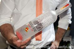 Der Belvedere Peach Nectar Launch in der 48 Lounge - Peach Lounge, Vodka Bottle, Cocktails, Alcohol, Peach, Product Launch, Restaurant, Food, Airport Lounge