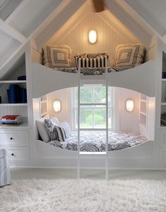 Meredith McBride Kipp Bunk Room 01 - Home decor cozy Girl Bedroom Designs, Room Ideas Bedroom, Loft Bed Room Ideas, Bedroom Decor Teen, Cute Bedroom Ideas For Teens, Bonus Room Bedroom, Dormer Bedroom, Diy Room Decor For Girls, Awesome Bedrooms