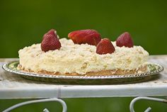 Israeli Cheescake recipe - delicious, easy, not too sweet, luv the crust, heavy - keeper