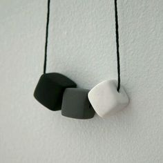 .Sue - simple squared beads.  A marbled one would be great instead of the white one.