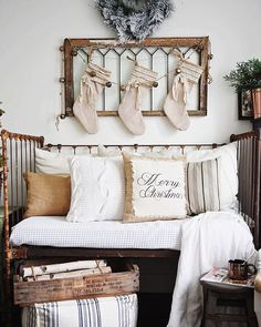 Junkin, this shouldn't surprise you! I wouldn't have any decor at all if it wasn't for my junkin trips. Romantic Home Decor, Romantic Homes, Living Room Upstairs, Design House Stockholm, Level Homes, Bedroom Layouts, Headboards For Beds, Headboard Ideas, Diy Bed