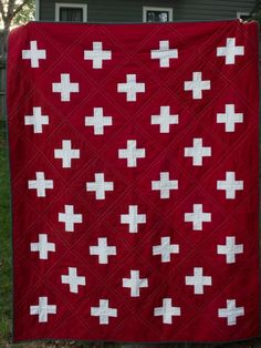 swiss cross red-and-white quilt by Jessie Edens McCrary