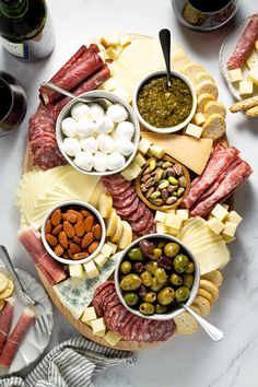 Time to Plan a Party – Making a Killer Charcuterie Plate – Janice Barta Charcuterie Recipes, Charcuterie Plate, Charcuterie And Cheese Board, Cheese Boards, Party Food Platters, Food Trays, Cooking Recipes, Healthy Recipes, Creative Food