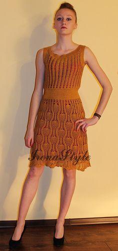 Gehäkeltes Kleid ESKADA SPORT maßgefertigt, Handarbeit, häkeln - 100 % Baumwolle