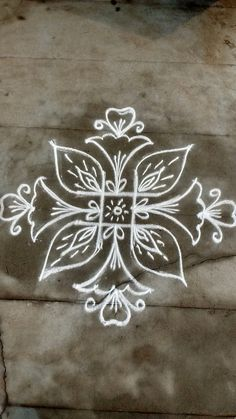 #nikolashadssdd Rangoli Patterns, Rangoli Ideas, Kolam Rangoli, Indian Rangoli, Kolam Dots, Rangoli With Dots, Beautiful Rangoli Designs, Kolam Designs, Muggulu Dots