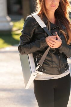 FlapBag for your laptop..and style!!!  www.harrierdesign.it