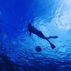 【summergirl_c21】さんのInstagramをピンしています。 《最近寒すぎる。。。 究極に寒いの苦手だからこれ以上寒くなるの本当無理😲😲😲 * * #沖縄 #宮古島 #八重干潮 #海 #南国 #島 #リゾート #ハワイ #旅行 #写真 #好き #自由人 #okinawa #miyakojima #miyakoisland #miyakoblue #sea #tropical #resort #hawaii  #trip #picture #photo #likeit #freedom #mylifestyle #happy》
