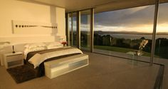 For rent: Eagles Nest in the Bay of Islands, New Zealand, Hikurangi New Zealand - JamesEdition Property For Rent, Find Property, Elite Hotels, Bay Of Islands, T Home, Have A Good Night, Luxury Holidays, Luxury Villa, Beautiful Bedrooms