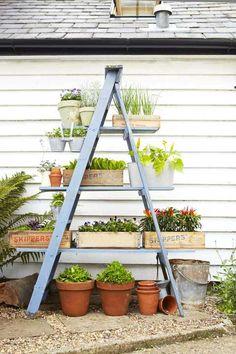 Small Space Gardening, Small Gardens, Garden Planters, Hanging Planters, Balcony Gardening, Herb Gardening, Flower Gardening, Garden Pool, Easy Garden