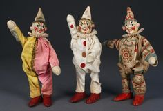 In the days before toys were based on cartoons, sci-fi movies, and breakfast cereals…….toy makers had to actually be creative. In Albert Schoenhut debuted his Humpty Dumpty clown … Vintage Circus, Vintage Toys, Puppet Costume, Circus Art, Circus Room, Horror, Send In The Clowns, Toy Display, Creepy Clown