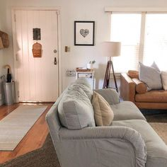 Live in your Living Room Couch Placement, Living Room Furniture, Living Room Decor, Living Room Designs, Living Spaces, Dispositions Chambre, Bedroom Layouts, Rooms Home Decor, House Rooms