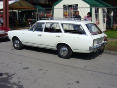 opel commodore estate
