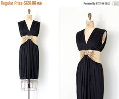 25% OFF SALE... vintage early 1980s dress / 80s gold metal