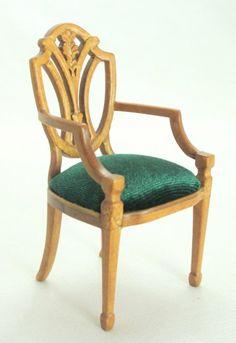 Silla en escala 1/12 acabada nogal y tapizada en seda . New chair 1/12 scale finished walnut    www.mundominiaturas.com
