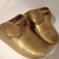 Antique Pair of Brass Conquistador Shoe Armor Horse Stirrups Spanish Colonial - Purchase Here:  http://www.ebay.com/itm/Antique-Pair-of-Brass-Conquistador-Shoe-Armor-Horse-Stirrups-Spanish-Colonial-/111539977086?
