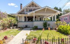 Chih Wu & ANN BRACCI – Agt: – By Appointments Only. No Open Houses. East-End Craftsman; Wood abounds in paneling, floors & boxed-beam… Craftsman Style Homes, Craftsman Bungalows, Cottages And Bungalows, Cottage Exterior, Old House Dreams, Cozy Cottage, Old Houses, Beautiful Homes, Real Estate