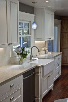 Rattlebridge Farm: Selecting Kitchen Counters: Granite or Marble