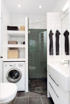 75 Beautiful Small Bathroom Shower Remodel Ideas - Page 54 of 76 Small Bathroom Storage, Top Bathroom Design, Modern Bathroom Design, Shower Remodel, Bathroom Remodel Shower, Bathrooms Remodel, Small Bathroom With Shower, Bathroom Shower, Bathroom Renovations