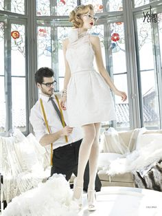 #Salermo #YolanCris #weddingdress #vencanice #handmade #Spanish #brend #exclusive #different #unusual #Didier #salonvencanica #vencaniceBeograd #bride #bridal #bridalfashion #fashion #moda #materijal #mlada #model #white #dress #short #accesories #pearls #belt #collar #flower #romantic #weddingphotography