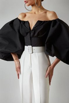 Classy Dress, Classy Outfits, Casual Outfits, Dress Outfits, Black Bell Sleeve Top, Only Shirt, Fashion Sewing, Looks Style, Mode Outfits