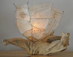 Lampe de bois flotté ou bois de mer de la Gaspésie. Driftwood lamp. Vendue.