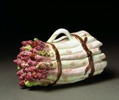 Chelsea Porcelain Factory - Majolica Asparagus Tureen. Porcelain. London, England. Circa 1756.