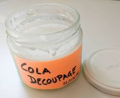 cola decoupage o mod podge Texture Paste, Cold Porcelain, Baking Ingredients, Craft Tutorials, Clay Jewelry, Cookie Dough, Candle Jars, Stencils, Diy And Crafts