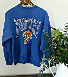 Classic 90s Kentucky perfectly worn-in sweatshirt  unisexsize medium/large