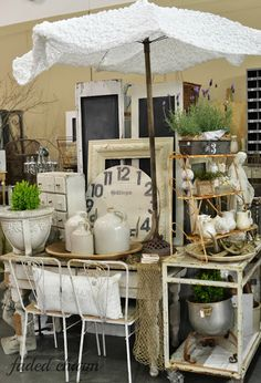 I want to do this with some linens over the umbrella Faded Charm: ~The Farm Chicks Adventure~Cute Display, Caron Antique Booth Displays, Antique Mall Booth, Antique Booth Ideas, Antique Shops, Vintage Store, Vintage Display, Vintage Market, Antique Market, Looks Vintage