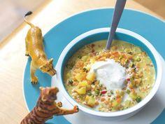 Vegane Linsen-Curry-Suppe mit Kokossahne