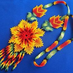 Mexican Huichol Beaded Flower Necklace by Aramara on Etsy Native Beading Patterns, Peyote Patterns, Collar Indio, Mexican Designs, Native American Beadwork, Flower Necklace, Bead Art, Bead Weaving, Beaded Flowers