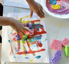 projetos de arte para crianças usando os dedos esponja