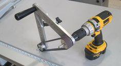 """MagicSander"" (or something like that) Multiwheel DIY belt sander"