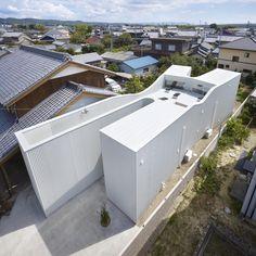 Oshikamo residence by Katsutoshi Sasaki   Associates in Aichi, Japan