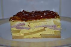 Reteta culinara Cartofi frantuzesti cu ingrediente romanesti din categoria Retete Delikat. Specific Romania. Cum sa faci Cartofi frantuzesti cu ingrediente romanesti