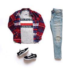 Urban Fashion Casual Menswear urban wear for men spaces. 90s Urban Fashion, Latest Mens Fashion, Tomboy Fashion, Streetwear Fashion, Fashion Night, Queer Fashion, Tomboy Style, Fashion Suits, Fashion Spring