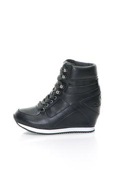 Vania Fekete Cipő Rejtett Platformmal a Calvin Klein Jeans márkától és további hasonló termékek a Fashion Days oldalán Calvin Klein Shoes, Calvin Klein Jeans, Fashion Days, Jeans Fashion, Jeans Style, Platform, Sneakers, Hot, Beauty