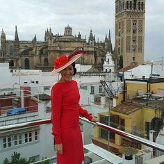 Buenos días! Así de guapa estaba Marta en la boda de su hermana en Sevilla. #invitadasconestilo #invitadaperfecta #invitadaOyC #bodas #pamela #pamelaoliviaycloe #hatcoulture #designer #hatdesigner #invitadasconencanto #oliviaycloe #pamelaoliviaycloe