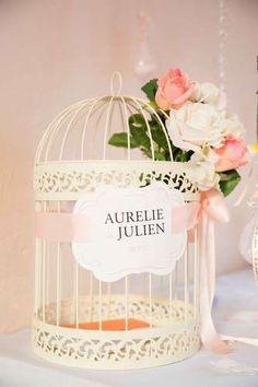 cage a oiseaux urne mariage fer forge ambiance romantique