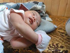 😴 Khò khò khò  #babysleep #sleepy #babies #babygirl🎀 #babygirl #sleeptightbaby #love #baby #babycute Sleep Tight, Baby Sleep, Toddler Bed, Babies, Cute, Child Bed, Babys, Kawaii, Baby