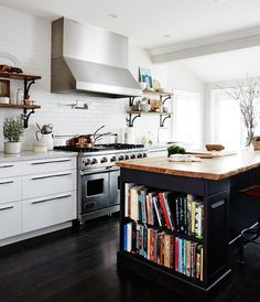 Lately there's one feature in kitchens that designers seem to be using over and over again: open shelves. Nothing creates an airy look faster (working in tandem with ample lower storage, of course), but if you don't have the space to dedicate an entire wall to displaying décor, or the time to keep themneat and …