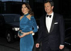 29 March 2017 - King Philippe and Queen Mathilde's state visit to Denmark (day 2) - dress by Jesper Høvring, clutch by Prada