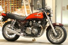 Kawasaki Zephyr 750 Touring Motorcycles, Cool Motorcycles, Sport Bikes, Custom Bikes, Motorbikes, Cool Cars, Cool Designs, Classic Motorcycle, Mopeds