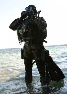 Die Kampfschwimmerkompanie der Bundeswehr aus Eckernfšrde.