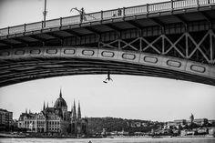 I Captured A Mysterious Umbrella Man Balancing On Budapest's Famous Sights Umbrella Man, George Washington Bridge, Bored Panda, Budapest, Art Projects, Mystery, Louvre, Building, Travel